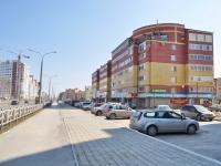 叶卡捷琳堡市, Krasnolesya st, 房屋 47. 公寓楼