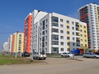 neighbour house: st. Krasnolesya, house 107. Apartment house