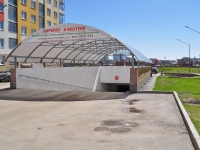 neighbour house: st. Krasnolesya. garage (parking)