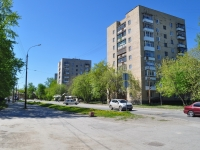 neighbour house: st. Krasnoflotsev, house 55. Apartment house