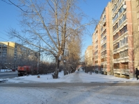 соседний дом: ул. Старых Большевиков, дом 54. многоквартирный дом