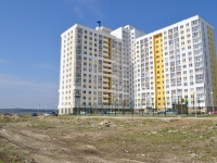 Yekaterinburg, Pavel Shamanov st, house 6. Apartment house