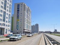 Yekaterinburg, Pavel Shamanov st, house 26. Apartment house
