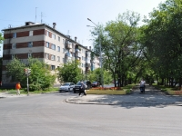 Yekaterinburg, Il'icha st, house 18. Apartment house