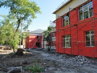 Yekaterinburg, Il'icha st, house 50Б. building under reconstruction