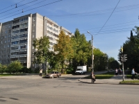 Yekaterinburg, Industrii st, house 57/1. Apartment house