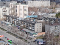 Yekaterinburg, Shaumyan st, house 100. Apartment house