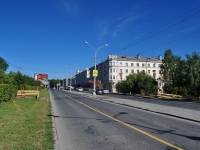 Yekaterinburg, Verkh-Isetsky Blvd, house 18. Apartment house