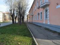 Екатеринбург, 40 лет Октября ул, дом 8