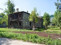 neighbour house: st. 40 let Oktyabrya, house 41. vacant building
