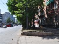 叶卡捷琳堡市, 40 let Oktyabrya st, 房屋 63. 公寓楼