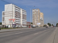 Yekaterinburg, Bakinskikh Komissarov st, house 109. Apartment house