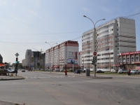 neighbour house: st. Bakinskikh Komissarov, house 109. Apartment house