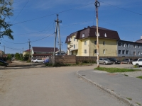 Yekaterinburg, Izbirateley st, house 112. Apartment house