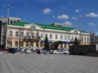 """隔壁房屋: alley. Volodarsky, 房屋 1. 银行 ЗАО """"ВТБ 24"""""""