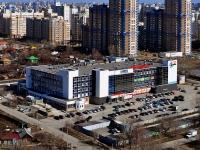 Екатеринбург, улица Айвазовского, дом 53. торговый центр