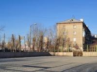 Yekaterinburg, st Betonshchikov, house 1. Apartment house