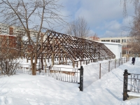 Берёзовский, улица Брусницына. хозяйственный корпус