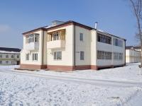 Verkhnyaya Pyshma, Oktyabrskaya st, 房屋 1В. 公寓楼