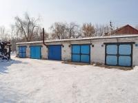 соседний дом: ул. Уральских рабочих. гараж / автостоянка