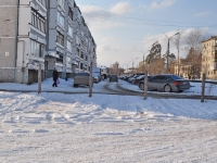 Verkhnyaya Pyshma, Ogneuporshchikov st, house 9. Apartment house