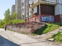 Первоуральск, улица Береговая, дом 68. многоквартирный дом