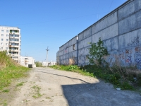 Pervouralsk, Beregovaya st, house 86. garage (parking)