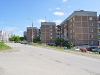 Pervouralsk, Chekistov st, house 4. Apartment house