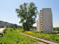 Pervouralsk, Emelin st, house 21. Apartment house