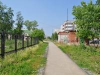 Первоуральск, улица Школьная. хозяйственный корпус