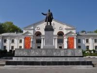 Первоуральск, памятник В.И. Ленинуулица Ильича, памятник В.И. Ленину