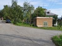 Дегтярск, улица Калинина, хозяйственный корпус