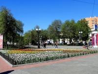 Тамбов, улица Карла Маркса. сквер им. В.С. Петрова