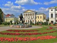 Тамбов, улица Ленинградская. памятник Тамбовскому мужику