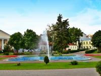 """Тамбов, улица Ленинградская. фонтан В парке """"Сочи"""""""