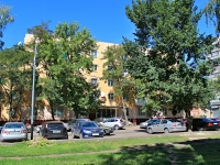 Tambov, st Engels, house 27. Apartment house