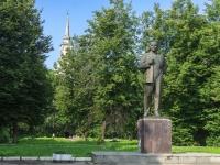 улица Володарского. памятник В.И. Ленину