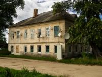 Ostashkov, st Oktyabrskaya, house 100. Apartment house