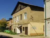 Pereslavl-Zalessky, Sadovaya st, house 13. Apartment house with a store on the ground-floor