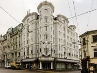 Басманный район, улица Мясницкая, дом 16. многофункциональное здание