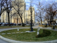 Басманный район, улица Садовая-Черногрязская. площадь Красные Ворота
