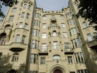Басманный район, Потаповский переулок, дом 12. многоквартирный дом