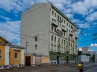 Замоскворечье, улица Новокузнецкая, дом 3. многоквартирный дом