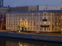Замоскворечье, набережная Раушская, дом 4. многофункциональное здание