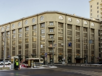 Красносельский район, улица Большая Лубянка, дом 12. многофункциональное здание
