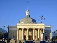 площадь Комсомольская, дом 5А. станция метро Комсомольская