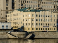 , embankment Kotelnicheskaya, house 25 с.1. office building