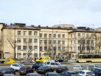 ,  , house 16. 产科医院