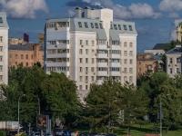 , embankment Krasnoholmskaya, house 5-9. Apartment house