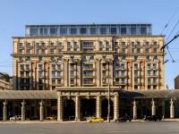 Тверской район, улица Тверская, дом 3. гостиница (отель) The Ritz-Carlton Moscow
